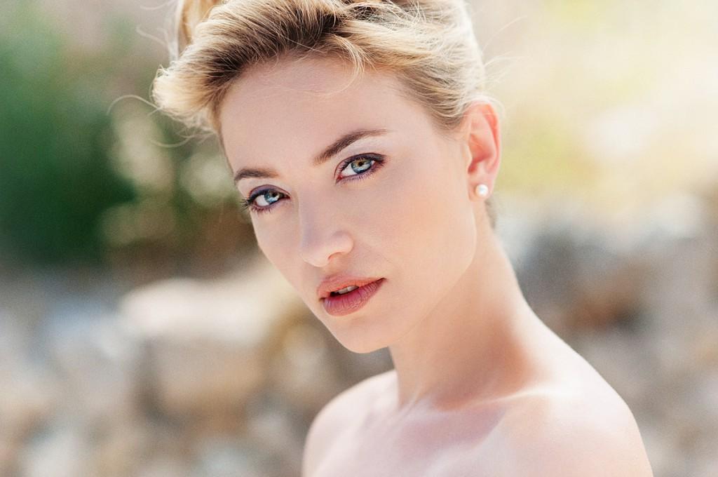 Natürliche Portraits vom schönsten Frau des Tages