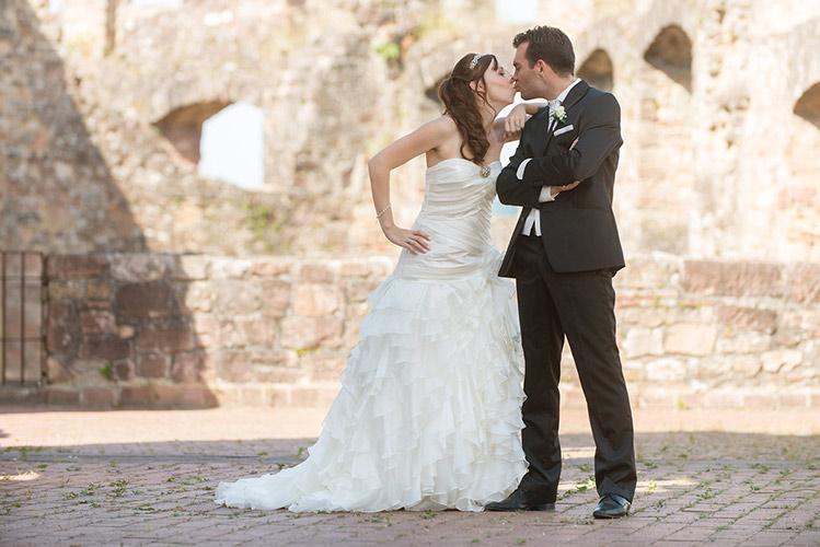 Hochzeitsaufnahmen entstanden in ein Burgruine im Ortenau